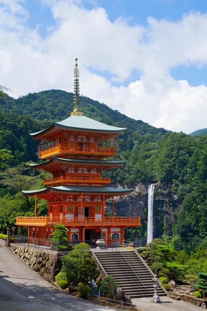 西国三十三ケ所巡礼の旅 第1番札所・青岸渡寺